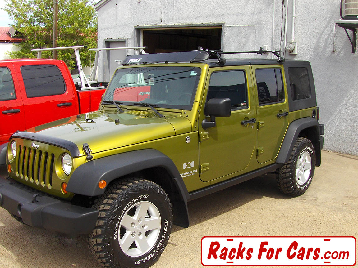 Jeep Wrangler Hard Top With Yakima Control Tower HardTop Landing Pad Kit ...